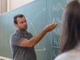 Ein Lehrer bei der Arbeit