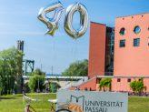 Luftballons zur Feier des 40-jährigen Jubiläums